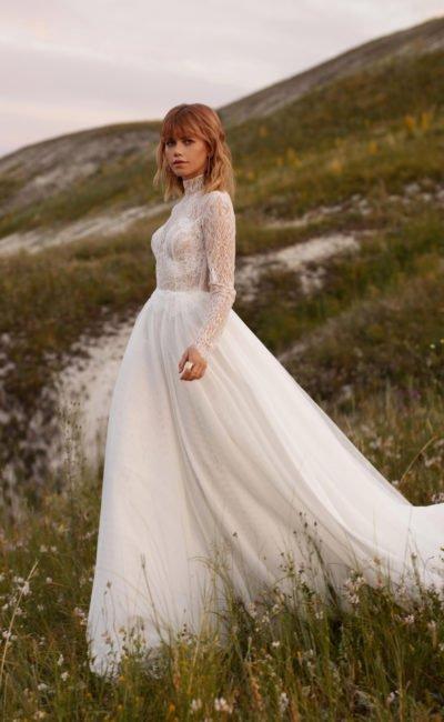 Закрытое свадебное платье с рукавами