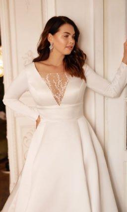 Свадебное платье с широким поясом