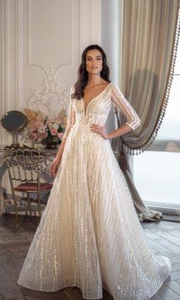 Свадебное платье цвета айвори с многослойной юбкой