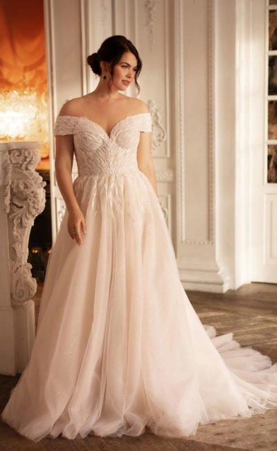 Свадебное платье с пышным фасоном