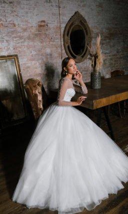 Свадебное платье пышного силуэта