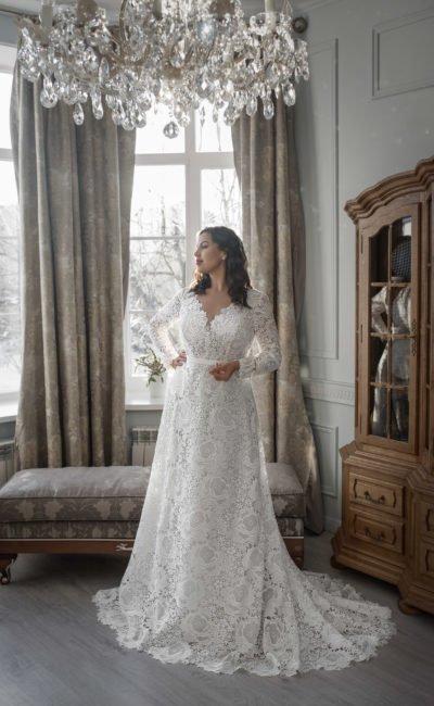 Кружевное свадебное платье  plus size