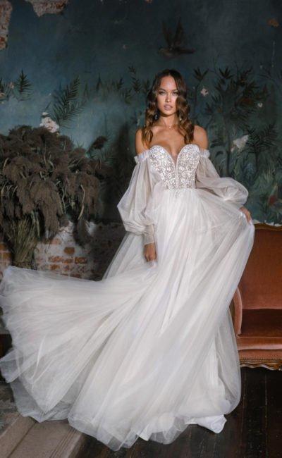 Свадебное платье с корсетом «сердечко»