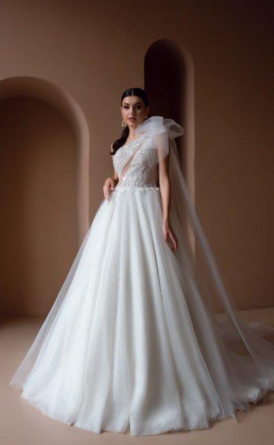 Пышное дизайнерское платье свадебное