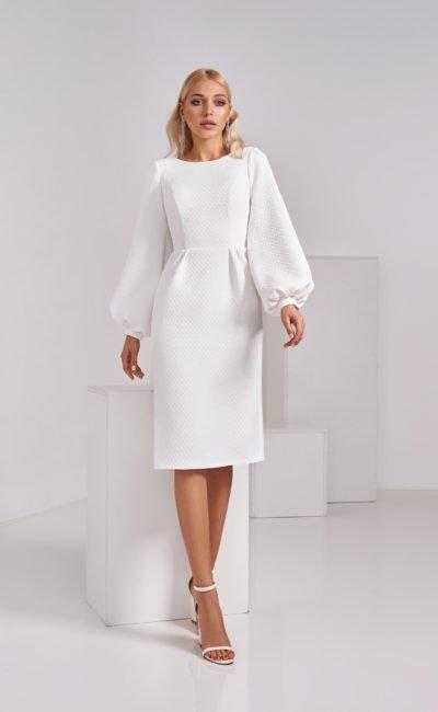 Скромное короткое свадебное платье