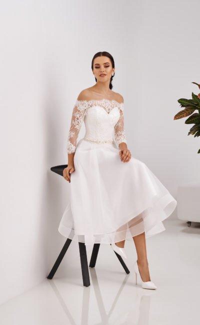 Легкое короткое платье свадебное