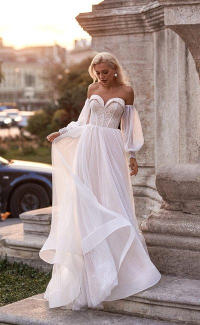 Прямое летнее платье с рукавами