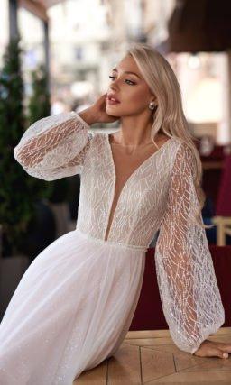 Свадебное платье с изящной вышивкой