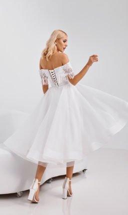 Короткое свадебное платье с бахромой