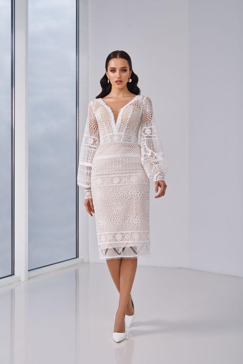 Свадебное платье вязаное с рукавами