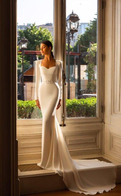 Простое но красивое платье русалка