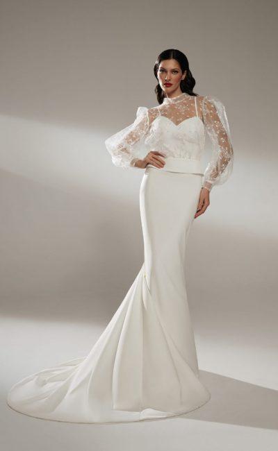 Лаконичное летнее свадебное платье на тонких бретелях