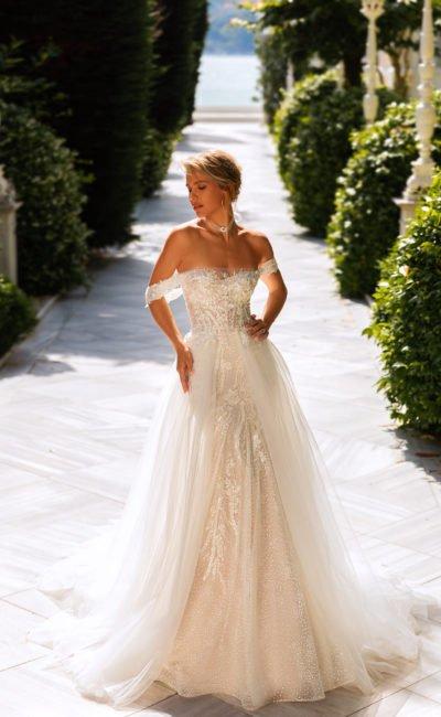 Пышное свадебное платье-трансформер
