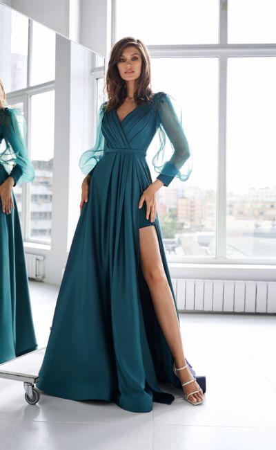 Бирюзовое платье с рукавом