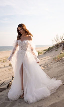 Свадебное платье с воздушным рукавом